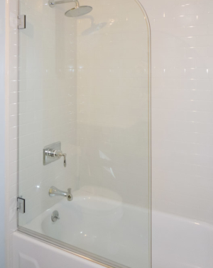 AG40 In-line Tub Enclosure