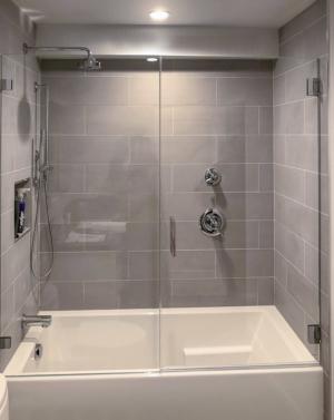 Schicker AG81 In-line Tub Frameless Enclosure